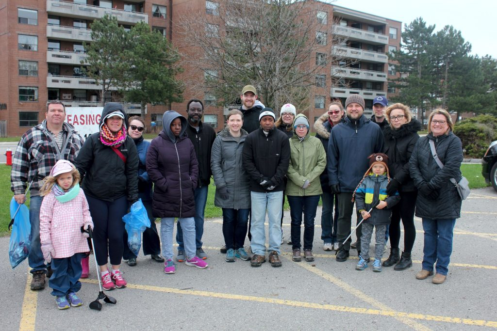 Park Royal Community members take a group photo before picking up garbage throughout Park Royal.